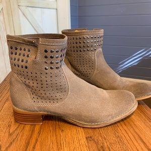 Aldo boots size 8.5